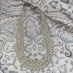 Jewelry - Triple stranded pearl necklaces